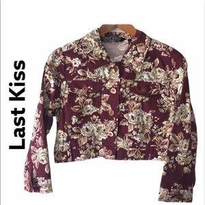 Cropped Floral Jacket Size Large NWOT Size Large